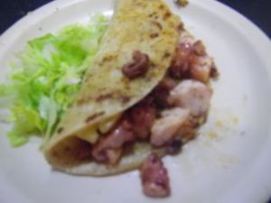 in Japanese, this would be a tako taco! :)