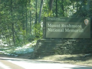 Entering Mt. Rushmore area (I saw Washington carved in stone just a moment later!).