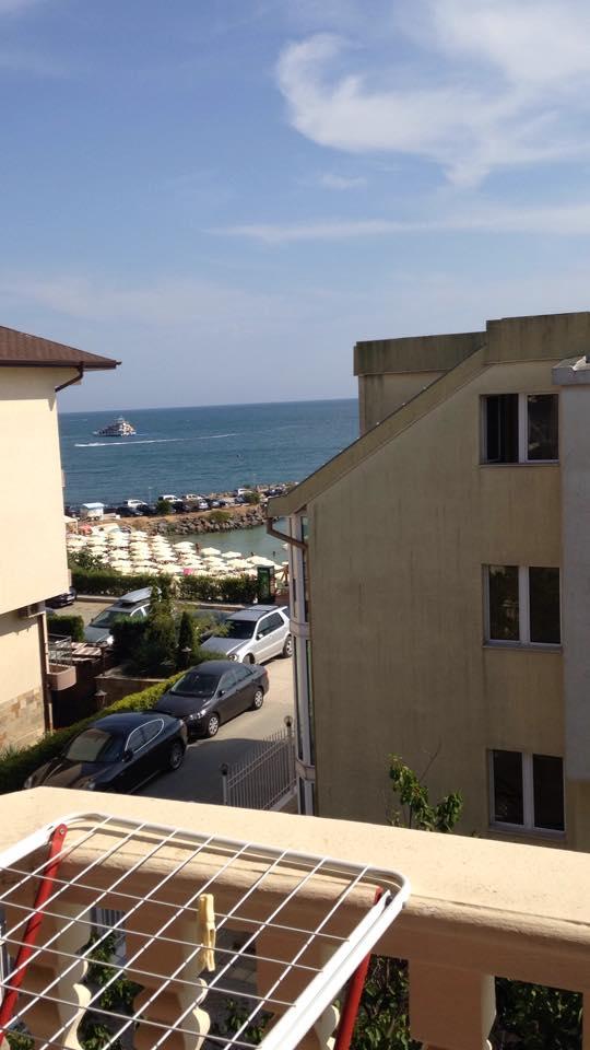 rae_hotel_mer_noire